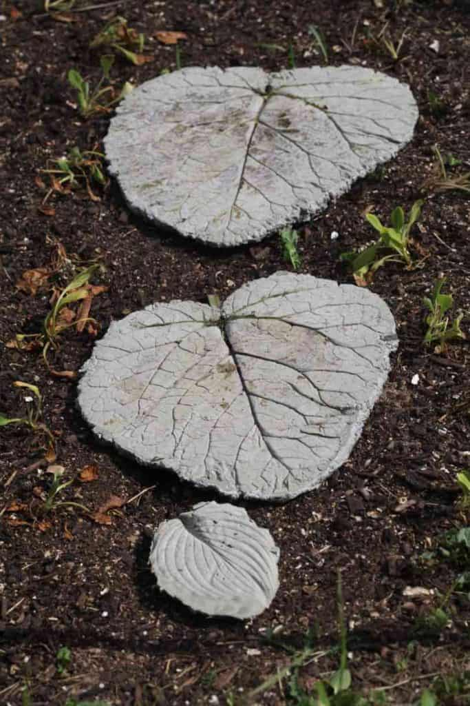 leaf shaped stepping stones in the garden